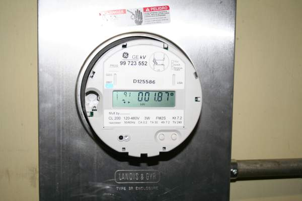 Ge Watthour Meter : Measuring energy efficency with a watthour meter box
